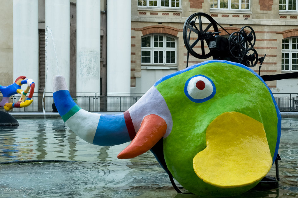 L'éléphant de la fontaine de Beaubourg