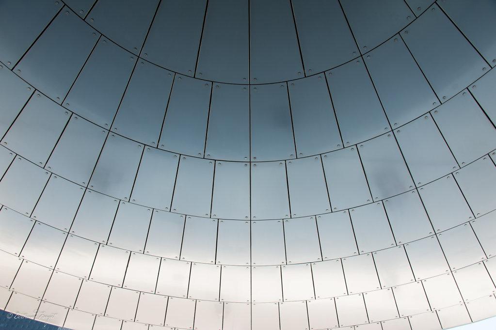Photo du auvent de la tour EDF