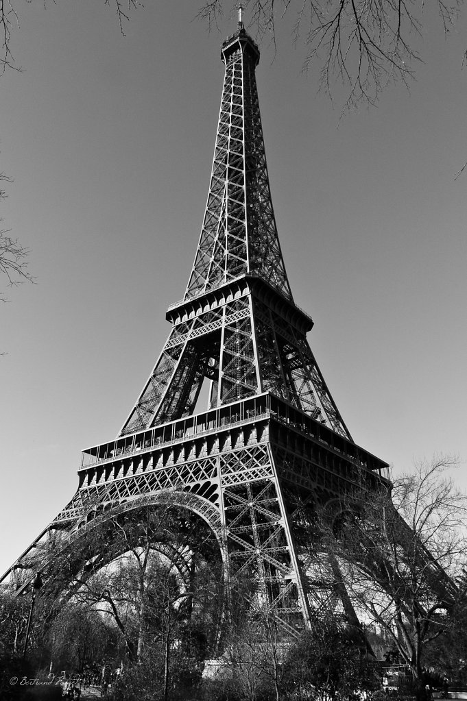 photos-paris-tour-eiffel-noir-blanc